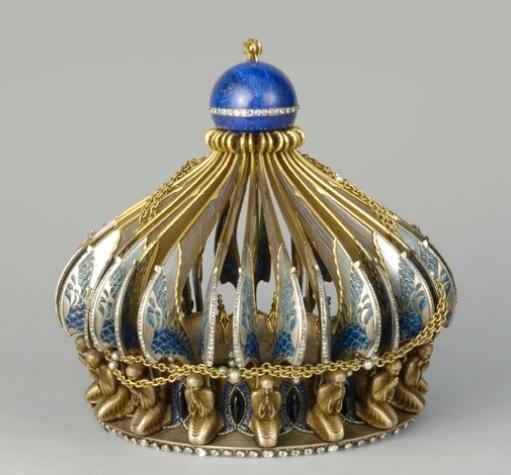 couronne dite de la Vierge de Charles X. Oeuvre de Boucheron (1923-1929 d'après un dessin de Chardon.