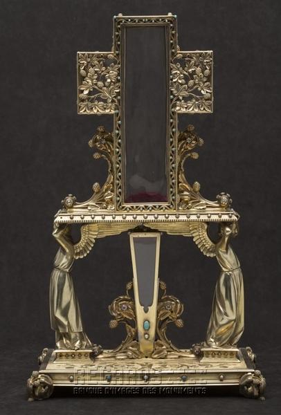 Reliquaire du Clou et du bois de la Croix, par Poussielgue-Rusand, d'après Viollet-le-Duc, 1862. © Pascal Lemaître 2013 / Centre des monuments nationaux.