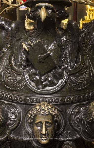 Lutrin monumental (détail), par Placide Poussielgue-Rusand, 1868. © Pascal Lemaître 2018/ Centre des monuments nationaux.