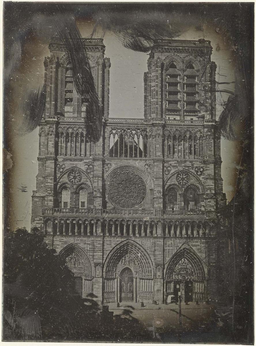 Photographie de la cathédrale Notre-Dame de Paris - Fizeau vers 1841
