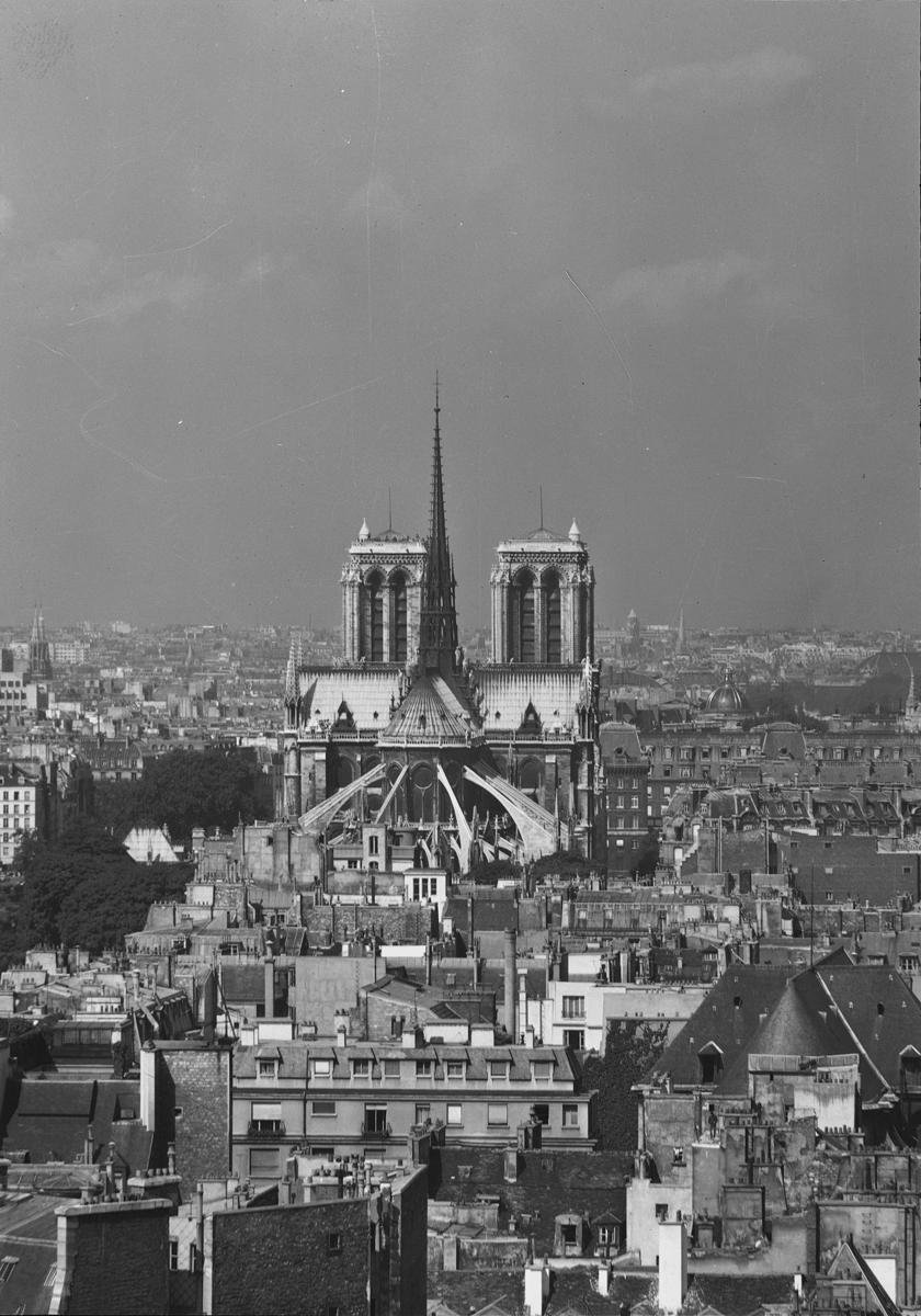 Photographie de la cathédrale Notre-Dame de Paris - Kollar 1956